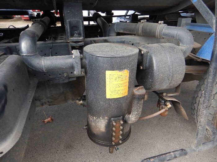いすゞ フォワード 中型 タンク車 バキューム KK-NRR35C3|シフト AT トラック 画像 ステアリンク掲載