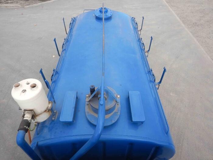 いすゞ フォワード 中型 タンク車 バキューム KK-NRR35C3|走行距離 3.9万km トラック 画像 トラックランド掲載