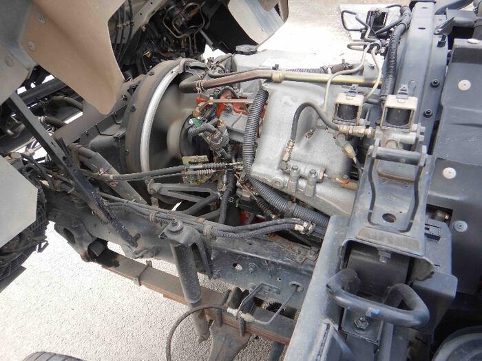 いすゞ フォワード 中型 タンク車 バキューム KK-NRR35C3|年式 H16 トラック 画像 トラックサミット掲載