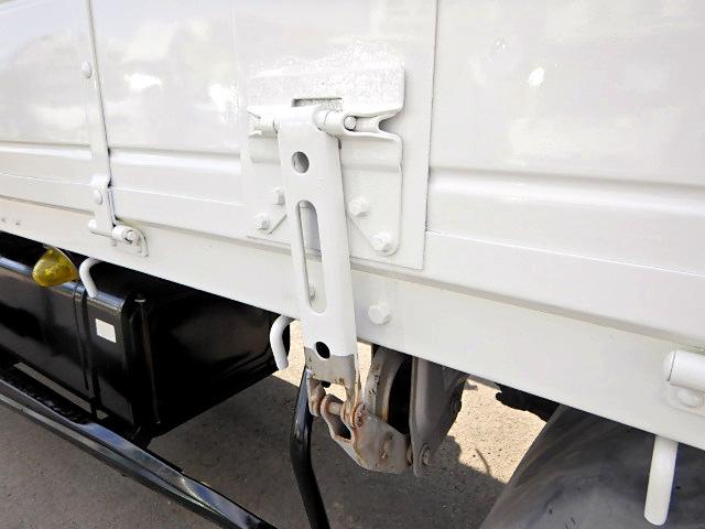 日野 レンジャー 中型 平ボディ パワーゲート ベッド|架装 新明和 トラック 画像 トラックバンク掲載