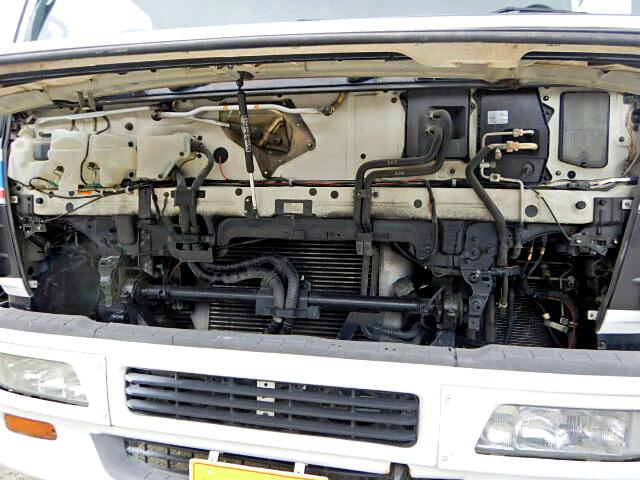 いすゞ ギガ 大型 クレーン付 4段 ラジコン|架装 ユニック トラック 画像 トラックバンク掲載