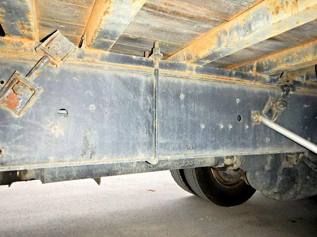 いすゞ ギガ 大型 クレーン付 4段 ラジコン|フロントガラス トラック 画像 トラック王国掲載