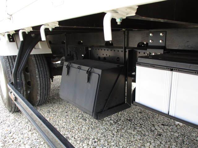 いすゞ フォワード 中型 クレーン付 4段 ラジコン|シフト MT6 トラック 画像 ステアリンク掲載