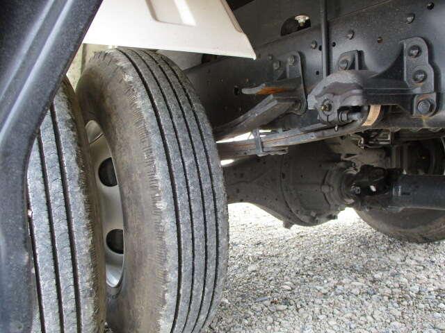 いすゞ フォワード 中型 クレーン付 4段 ラジコン|エンジン トラック 画像 トラスキー掲載