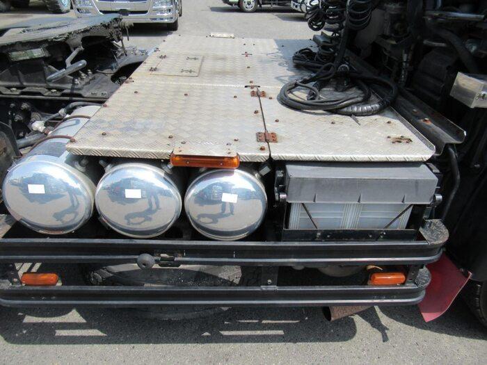 日産UD クオン 大型 トラクタ 1デフ エアサス 画像16