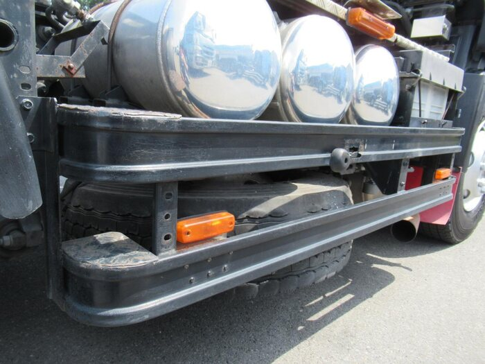日産UD クオン 大型 トラクタ 1デフ エアサス 画像17