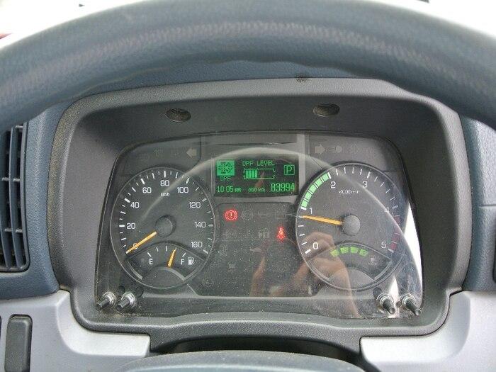 三菱 キャンター 小型 平ボディ TKG-FEB20 H27|荷台 床の状態 トラック 画像 トラックサミット掲載