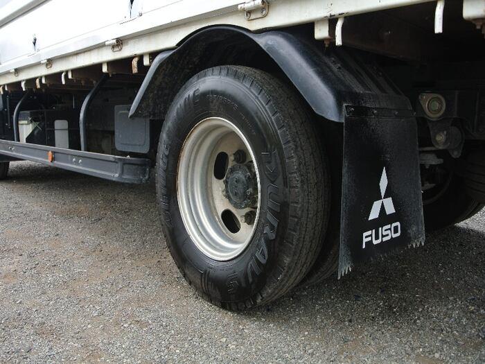 三菱 キャンター 小型 平ボディ TKG-FEB20 H27|運転席 トラック 画像 トラック王国掲載