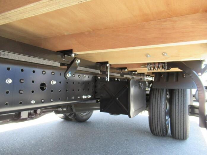 三菱 キャンター 小型 平ボディ 2PG-FEB50 |走行距離 0.1万km トラック 画像 トラックランド掲載