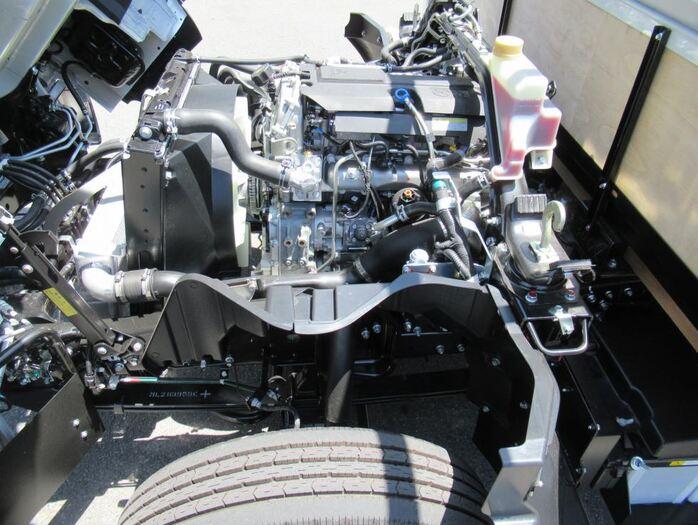三菱 キャンター 小型 平ボディ 2PG-FEB50 |シャーシ トラック 画像 キントラ掲載
