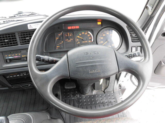 いすゞ フォワード 中型 クレーン付 3段 ラジコン 画像6