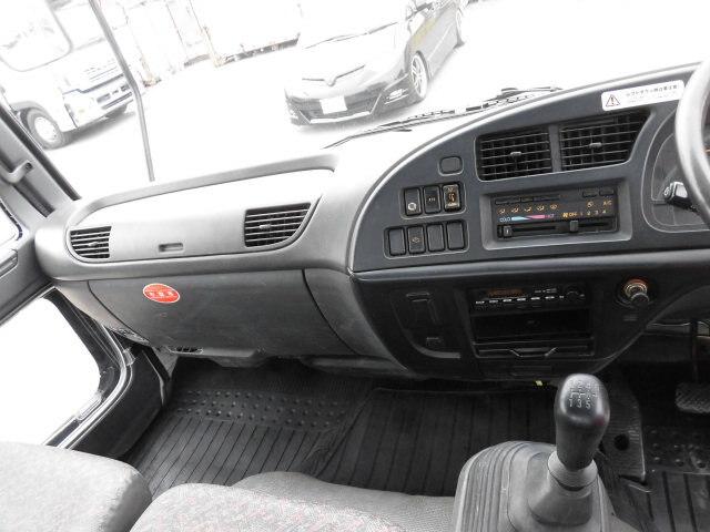 いすゞ フォワード 中型 クレーン付 3段 ラジコン 画像8