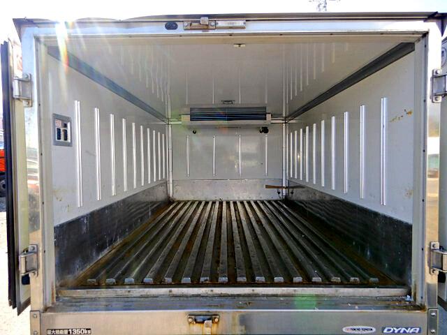 トヨタ ダイナ 小型 冷凍冷蔵 中温 キーストン 画像3