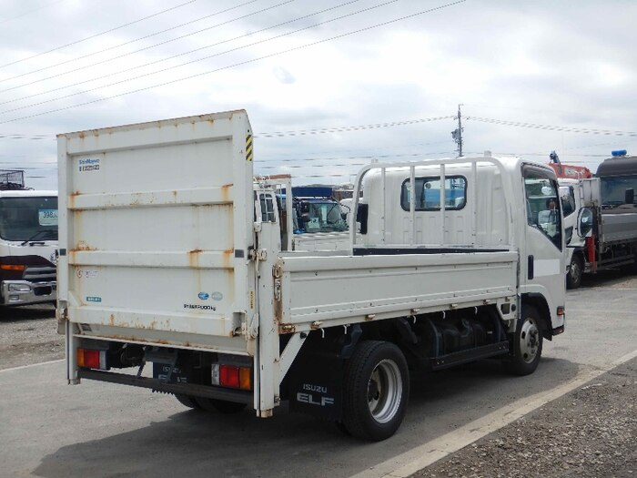 いすゞ エルフ 小型 平ボディ パワーゲート SKG-NMR85R トラック 右後画像 リトラス掲載