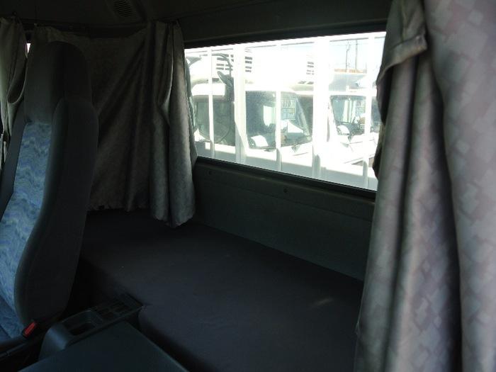 日産UD コンドル 中型 平ボディ 床鉄板 ベッド|画像10