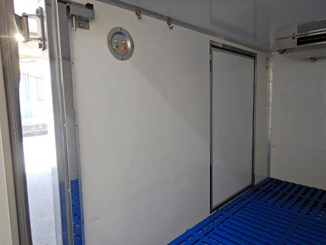 日産 クリッパー 軽 冷凍冷蔵 低温 サイドドア 画像6