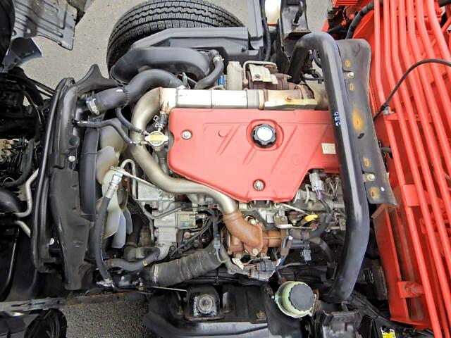 トヨタ ダイナ 小型 クレーン付 4段 ラジコン|荷台 床の状態 トラック 画像 トラックサミット掲載