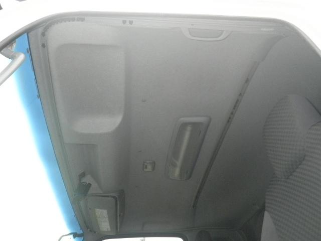 いすゞ フォワード 中型 ウイング エアサス ベッド 画像11
