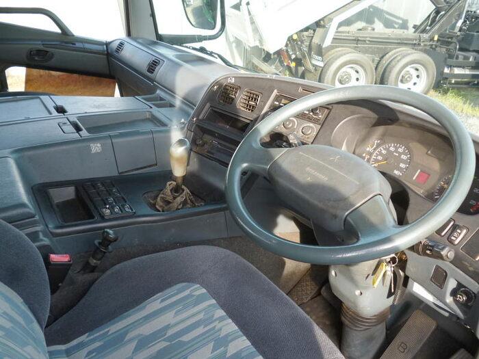 中古 トラクタ大型 三菱スーパーグレート トラック H18 PJ-FP54JDR