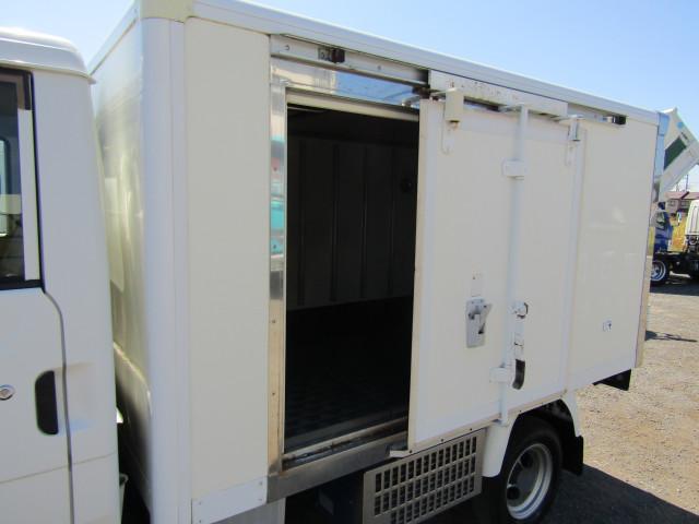 マツダ ボンゴ 小型 冷凍冷蔵 サイドドア ABF-SK82T|シフト MT5 トラック 画像 ステアリンク掲載