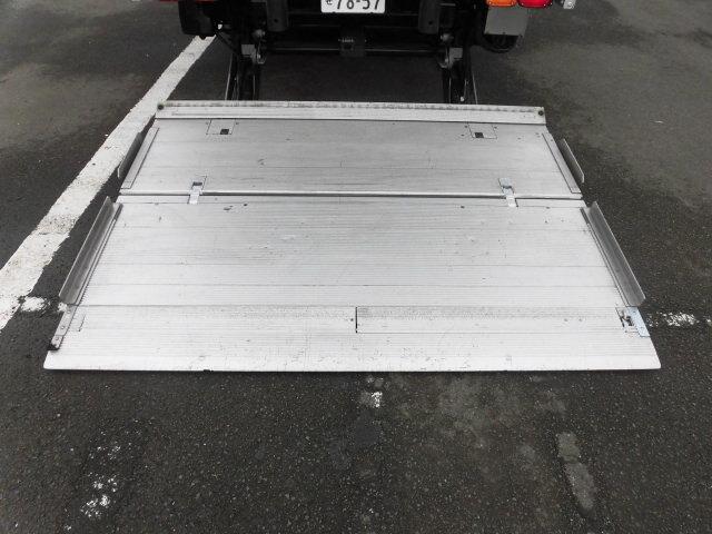 三菱 ファイター 中型 ウイング パワーゲート ベッド|シフト MT6 トラック 画像 ステアリンク掲載