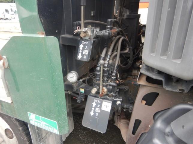 日野 プロフィア 大型 車輌重機運搬 ウインチ ベッド|フロントガラス トラック 画像 トラック王国掲載