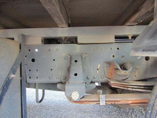 いすゞ エルフ 小型 平ボディ 床鉄板 SKG-NPR85YN|エンジン トラック 画像 トラスキー掲載