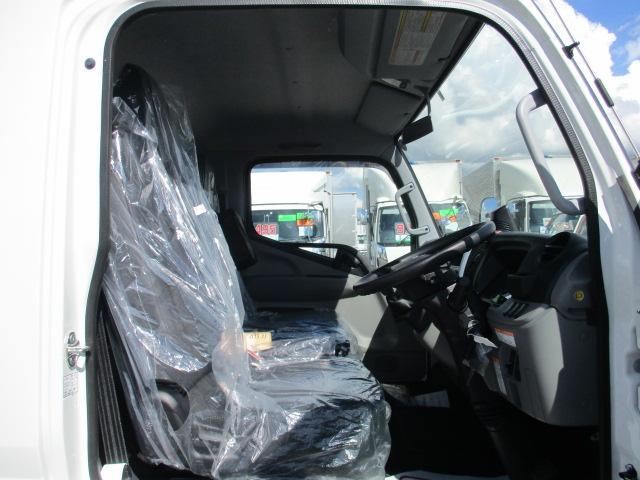 三菱 キャンター 小型 クレーン付 パワーゲート アルミブロック|走行距離 - トラック 画像 トラックランド掲載