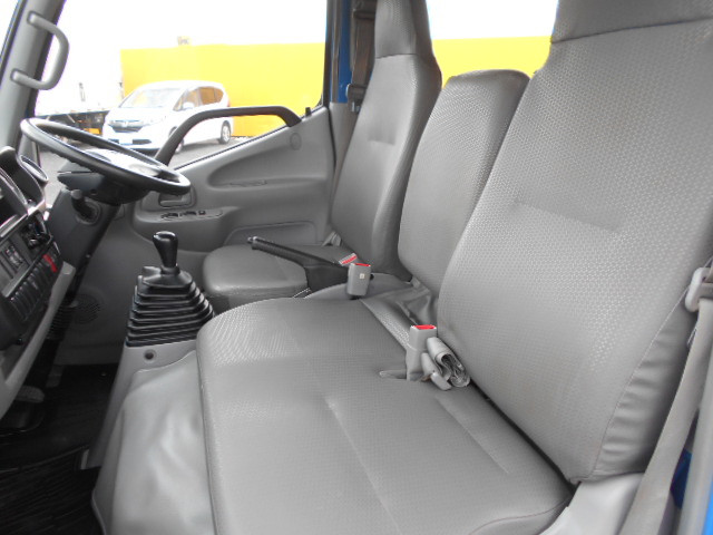 トヨタ トヨエース 小型 平ボディ Wキャブ TKG-XZU605 型式 TKG-XZU605 トラック 画像 栗山自動車掲載
