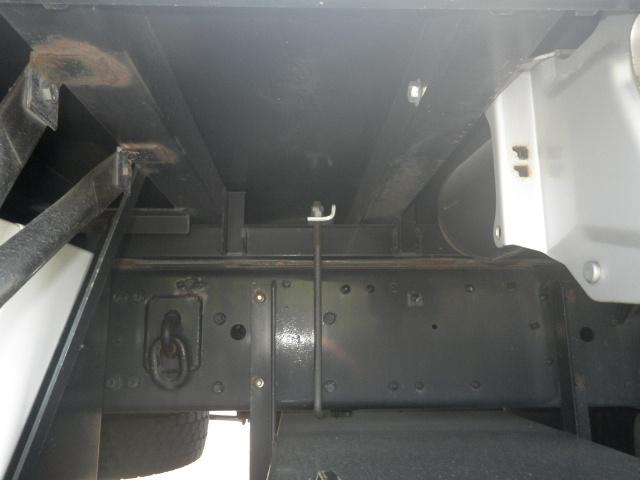 三菱 スーパーグレート 大型 ウイング ハイルーフ エアサス 荷台 床の状態 トラック 画像 トラックサミット掲載
