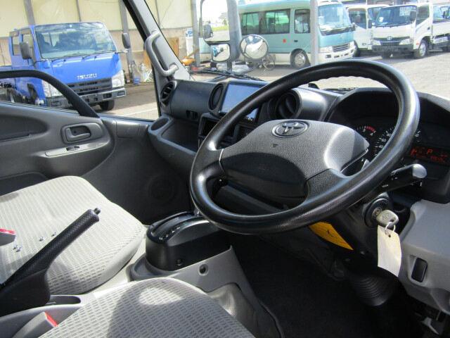 トヨタ ダイナ 小型 平ボディ TKG-XZC600 H27|積載 2t トラック 画像 ステアリンク掲載