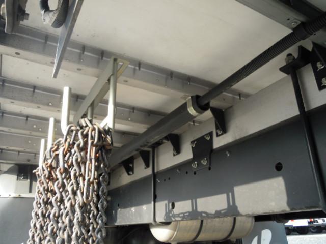 日野 レンジャー 中型 ウイング エアサス ベッド|エンジン トラック 画像 トラスキー掲載