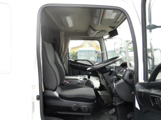 日野 レンジャー 中型 ウイング エアサス ベッド|型式 TKG-FD9JLAG トラック 画像 栗山自動車掲載