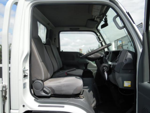 いすゞ エルフ 小型 平ボディ パワーゲート TRG-NJR85A|エンジン トラック 画像 トラスキー掲載