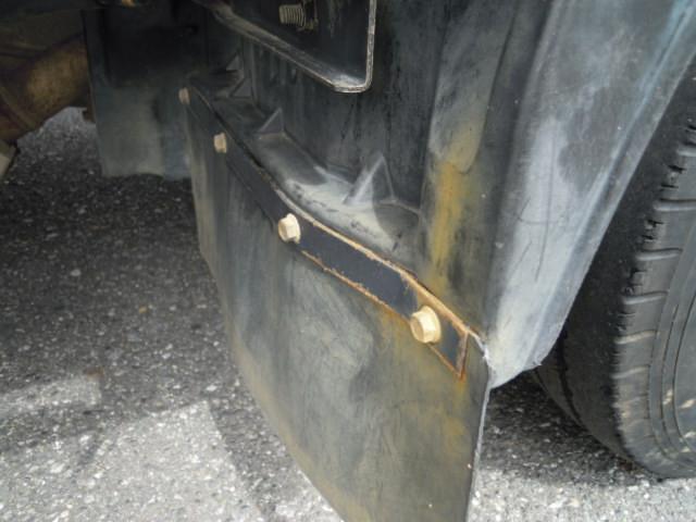 いすゞ エルフ 小型 平ボディ パワーゲート TRG-NJR85A|積載 2t トラック 画像 ステアリンク掲載