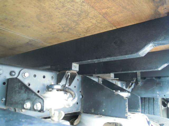 いすゞ エルフ 小型 平ボディ パワーゲート TRG-NJR85A|シャーシ トラック 画像 キントラ掲載