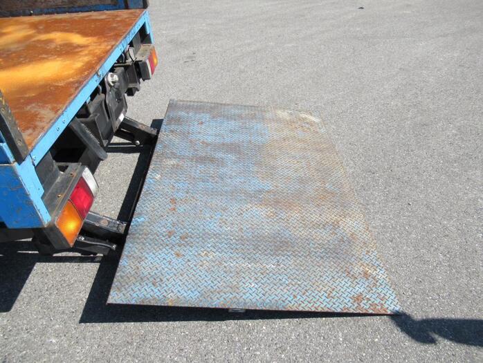 三菱 キャンター 小型 平ボディ パワーゲート SKG-FEB50|エンジン トラック 画像 トラスキー掲載