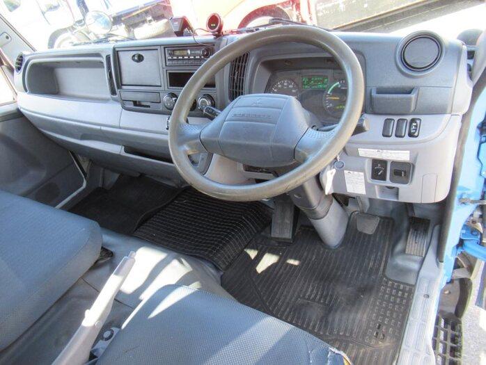 三菱 キャンター 小型 平ボディ パワーゲート SKG-FEB50|駆動方式 4x2 トラック 画像 リトラス掲載