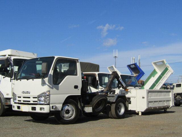 いすゞ エルフ 小型 アームロール コンテナ付き ツインホイスト|トラック 左前画像 トラックバンク掲載