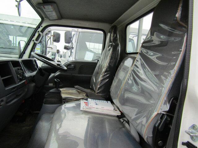 いすゞ エルフ 小型 平ボディ パワーゲート 床鉄板|架装 新明和 トラック 画像 トラックバンク掲載