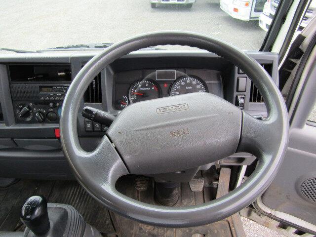 いすゞ エルフ 小型 平ボディ パワーゲート 床鉄板|走行距離 14.7万km トラック 画像 トラックランド掲載