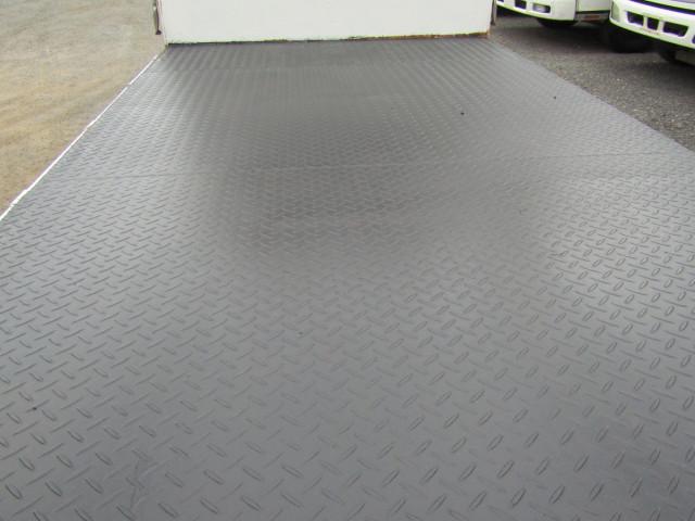 いすゞ エルフ 小型 平ボディ パワーゲート 床鉄板|シフト  トラック 画像 ステアリンク掲載