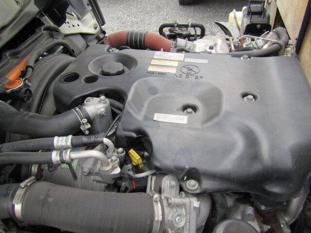 いすゞ エルフ 小型 平ボディ パワーゲート 床鉄板|エンジン トラック 画像 トラスキー掲載