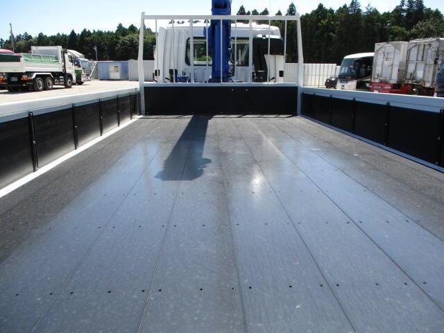 三菱 ファイター 中型 クレーン付 5段 ラジコン|年式 R2 トラック 画像 トラックサミット掲載