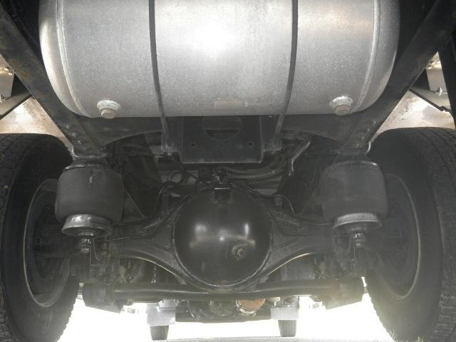 日野 レンジャー 中型 ウイング エアサス ベッド|年式 H27 トラック 画像 トラックサミット掲載