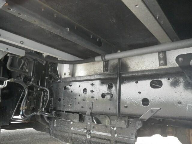 日野 レンジャー 中型 ウイング エアサス ベッド|シャーシ トラック 画像 キントラ掲載