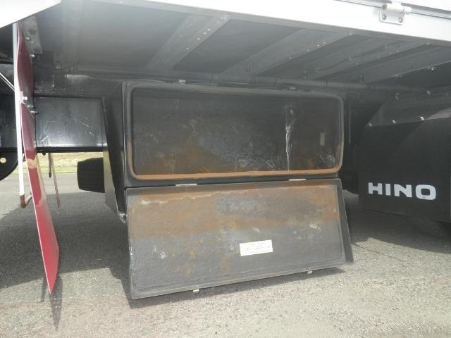 日野 レンジャー 中型 ウイング エアサス ベッド|コーションプレート トラック 画像 リトラス掲載
