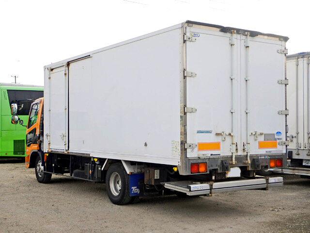 三菱 ファイター 中型 冷凍冷蔵 中温 パワーゲート|トラック 右後画像 リトラス掲載