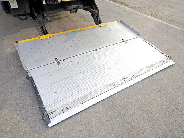 三菱 ファイター 中型 冷凍冷蔵 中温 パワーゲート|年式 H19 トラック 画像 トラックサミット掲載
