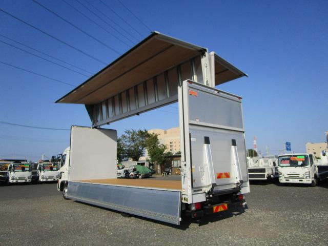 日野 レンジャー 中型 ウイング パワーゲート エアサス|トラック 右後画像 リトラス掲載